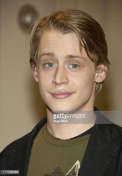 Macaulay Culkin during Macaulay Culkin Signs his Book Junior at Barnes Noble in New York City March 13 2006 at Barnes Noble Union Square in New York...