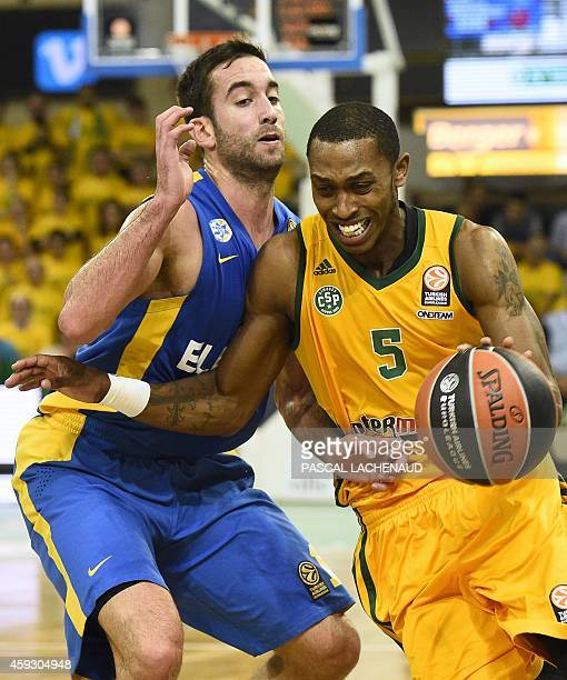 Maccabi's Yogev Ohayon vies with Limoges' Jamar Smith during the Euroleague basketball match Limoges CSP vs TelAviv at the Beaublanc stadium on...