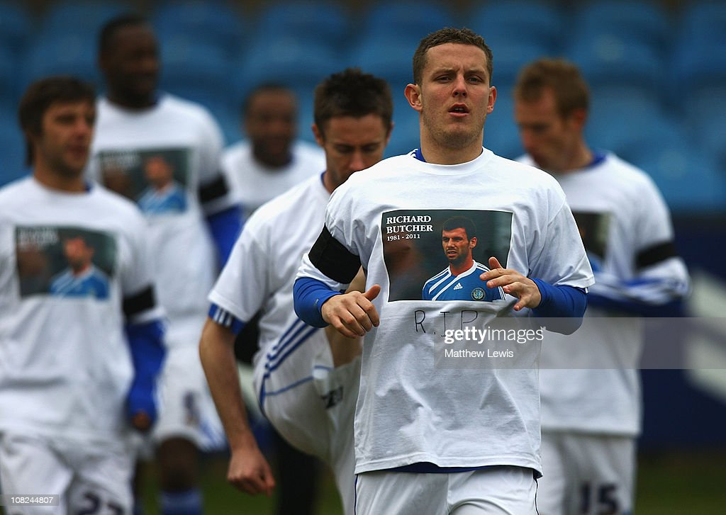 A Macclesfield Town player wears a t-shirt in memory of former player Richard Butcher during the npower League Two match between Macclesfield Town and Barnet at the Moss Rose Stadium on January 22, 2011 in Macclesfield, England.
