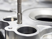 machining automotive parts by high precision machining center