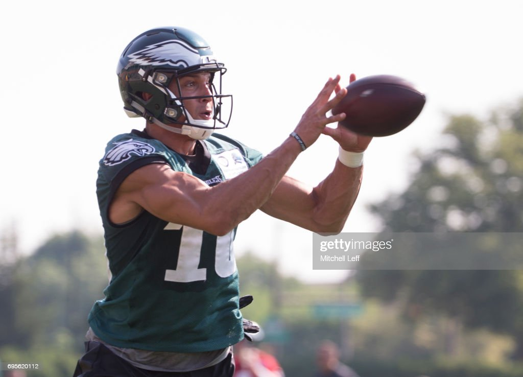 Mack Hollins #10 of the Philadelphia Eagles catches the ball during mandatory minicamp at the NovaCare Complex on June 13, 2017 in Philadelphia, Pennsylvania.