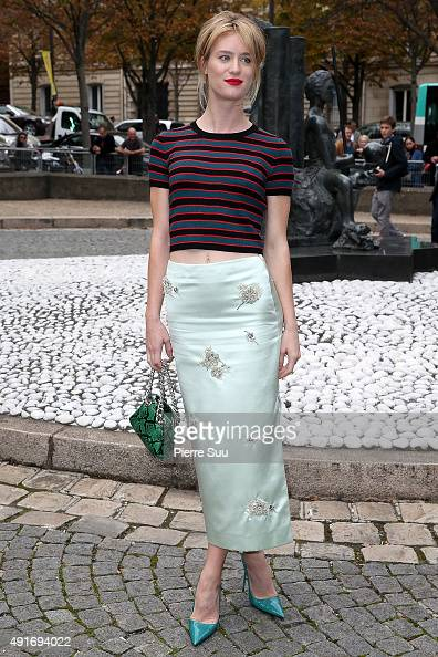Mackenzie Davis arrives at the Miu Miu show as part of the Paris Fashion Week Womenswear Spring/Summer 2016 on October 7 2015 in Paris France