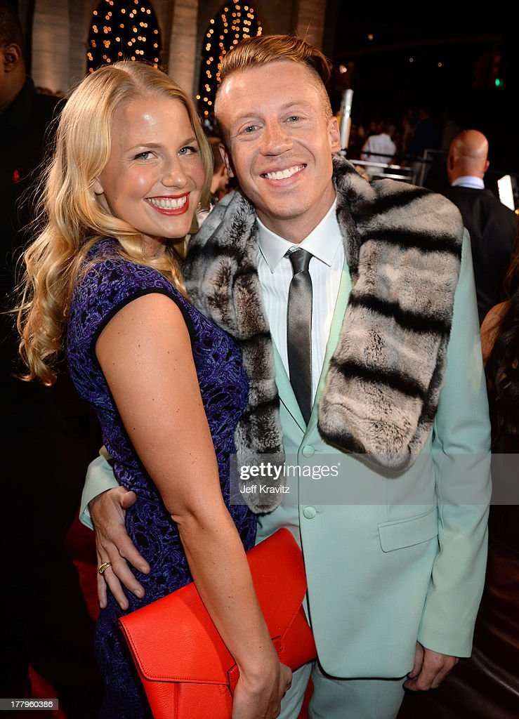 <a gi-track='captionPersonalityLinkClicked' href=/galleries/search?phrase=Macklemore&family=editorial&specificpeople=7639427 ng-click='$event.stopPropagation()'>Macklemore</a> and Tricia Davis attend the 2013 MTV Video Music Awards at the Barclays Center on August 25, 2013 in the Brooklyn borough of New York City.