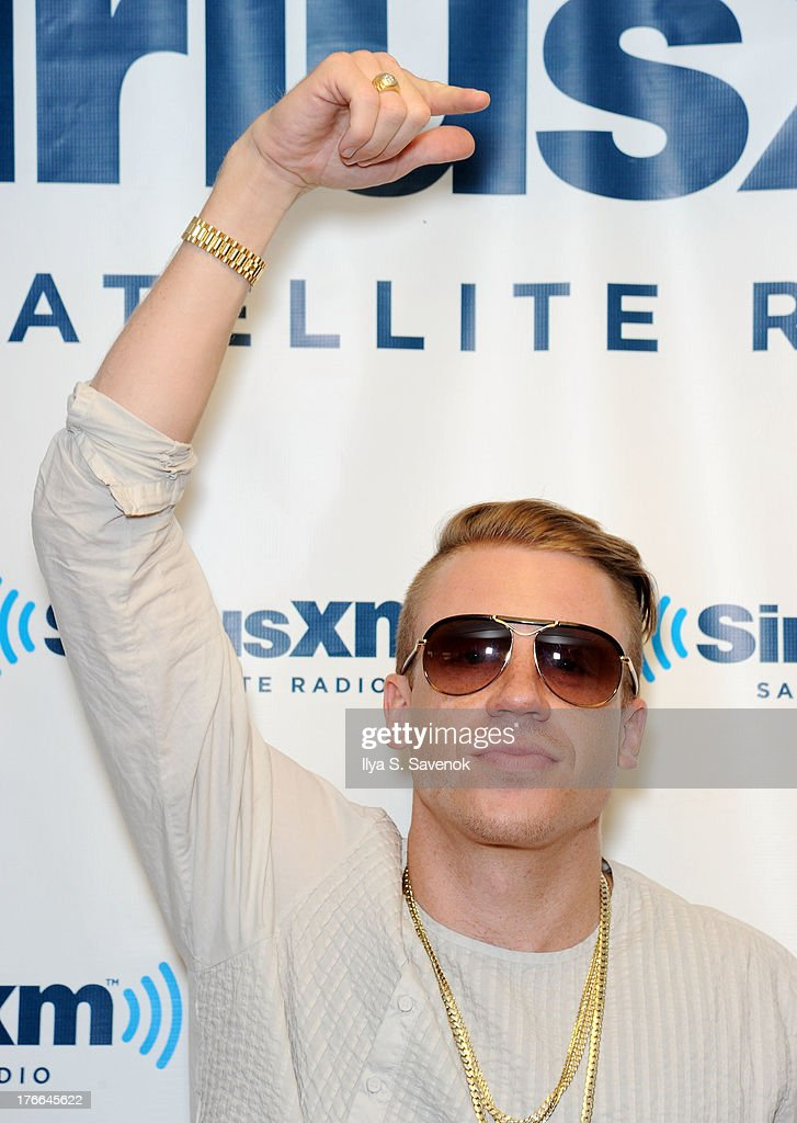 <a gi-track='captionPersonalityLinkClicked' href=/galleries/search?phrase=Macklemore&family=editorial&specificpeople=7639427 ng-click='$event.stopPropagation()'>Macklemore</a> visits SiriusXM Studios on August 16, 2013 in New York City.