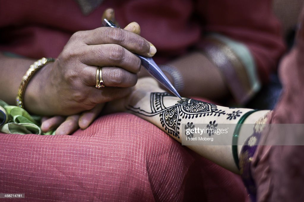 Macro closeup of bridal henna : Stock Photo