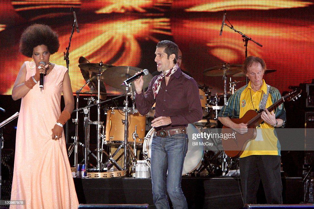 Macy Gray and Perry Farrell with Robby Krieger, founding member of the Doors