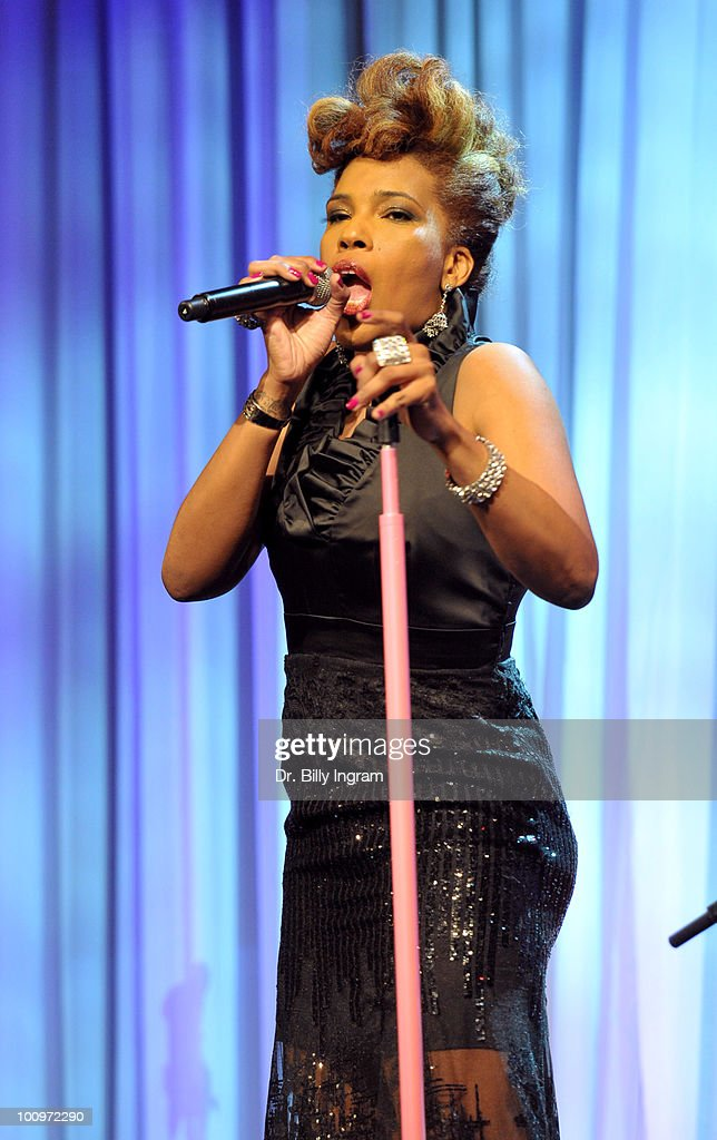Macy Gray performs at the 35th Annual Gracie Awards Gala - Show at The Beverly Hilton hotel on May 25, 2010 in Beverly Hills, California.