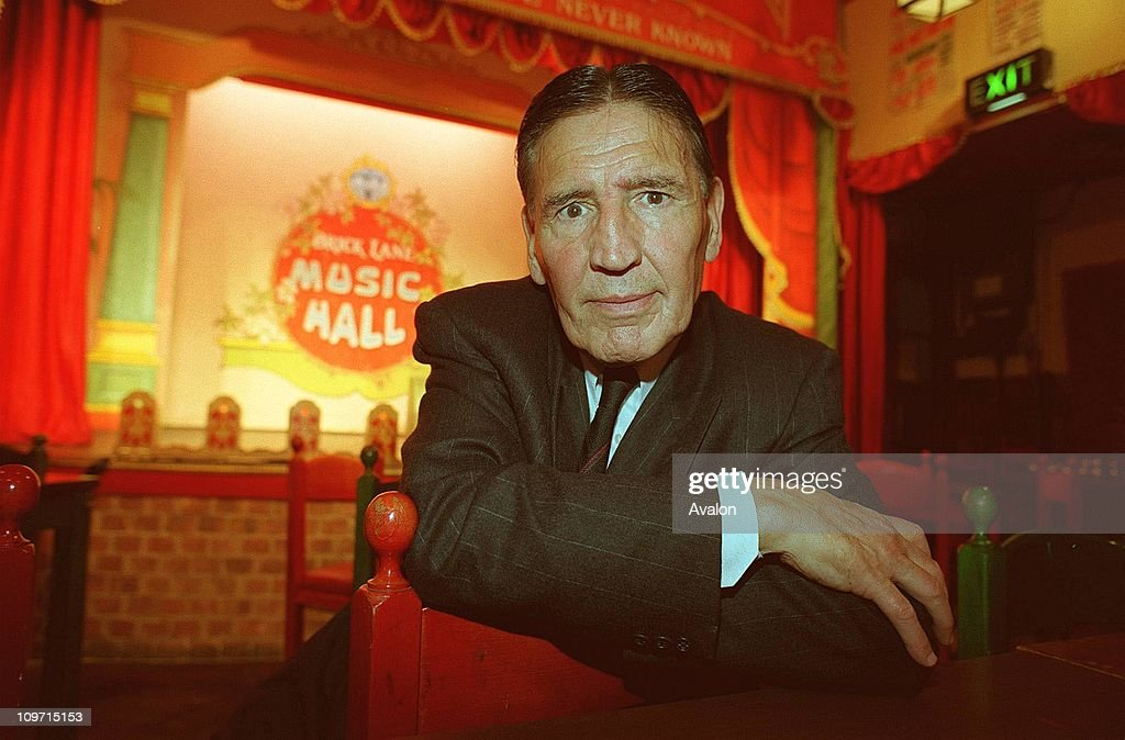 'mad' Frankie Fraser, Former East End Gangster, At the launch of his one-man show, at the Brick Lane Music Hall in East London.