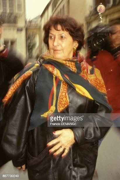 Madame Charlotte Conreaux temoin arrive au proces de JeanMarie Villemin pour le meurtre de Bernard Laroche en decembre 1993 a Dijon France