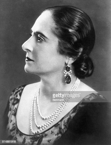 Madame Helena Rubenstein creator of the cosmetic empire Photo taken in 1934
