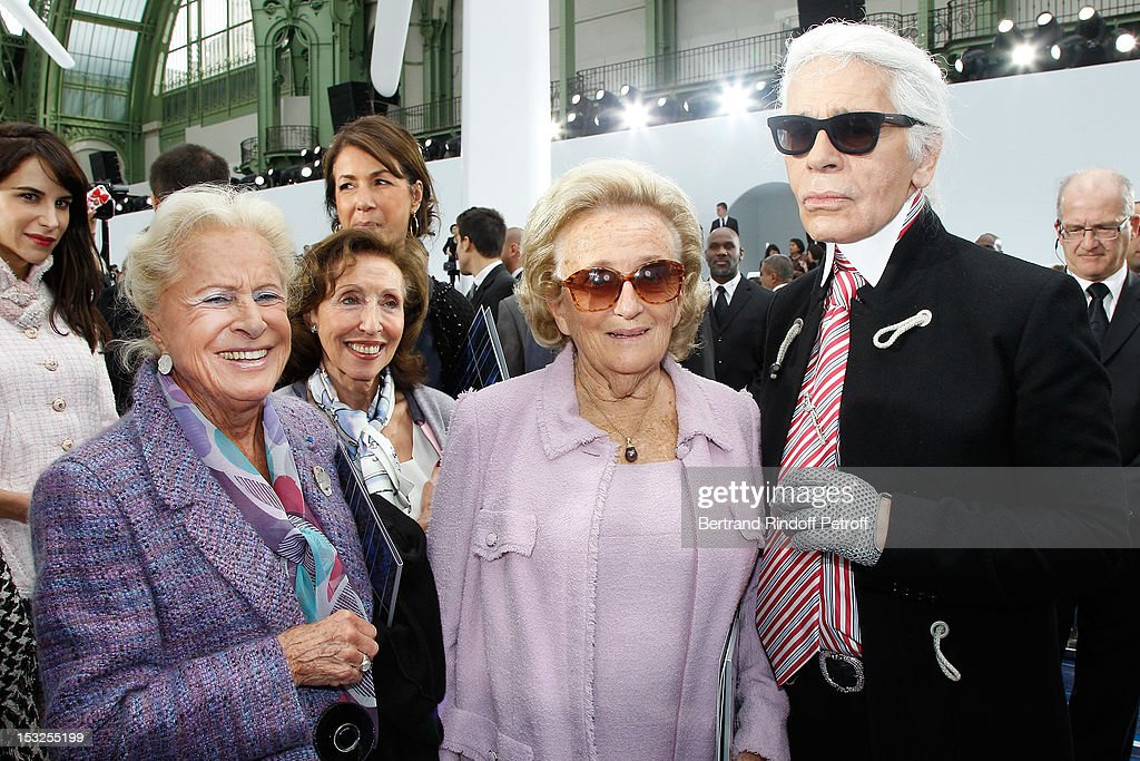 Madame Serge Dassault, <a gi-track='captionPersonalityLinkClicked' href=/galleries/search?phrase=Bernadette+Chirac&family=editorial&specificpeople=206432 ng-click='$event.stopPropagation()'>Bernadette Chirac</a> and Karl Lagerfeld pose after the Chanel Spring / Summer 2013 show as part of Paris Fashion Week at Grand Palais on October 2, 2012 in Paris, France.