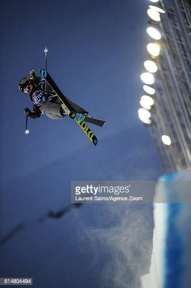 Maddie Bowman of the USA takes 1st place during the FIS Freestyle Ski World Cup Men's and Women's Halfpipe Final on March 10 2016 in Tignes France