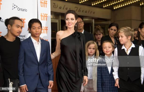 Maddox Chivan JoliePitt Pax Thien JoliePitt Angelina Jolie Vivienne Marcheline JoliePitt Knox Leon JoliePitt and Shiloh Nouvel JoliePitt attend the...