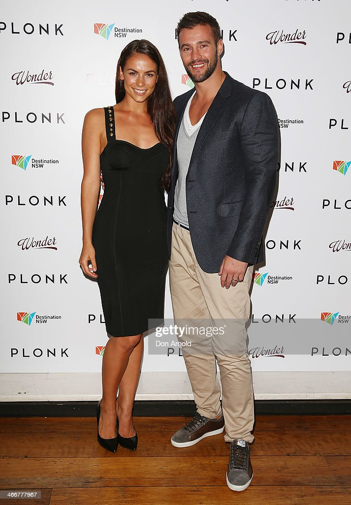 Maddy King and <a gi-track='captionPersonalityLinkClicked' href=/galleries/search?phrase=Kris+Smith&family=editorial&specificpeople=5623091 ng-click='$event.stopPropagation()'>Kris Smith</a> pose during the PLONK media launch at Palace Verona on February 4, 2014 in Sydney, Australia.