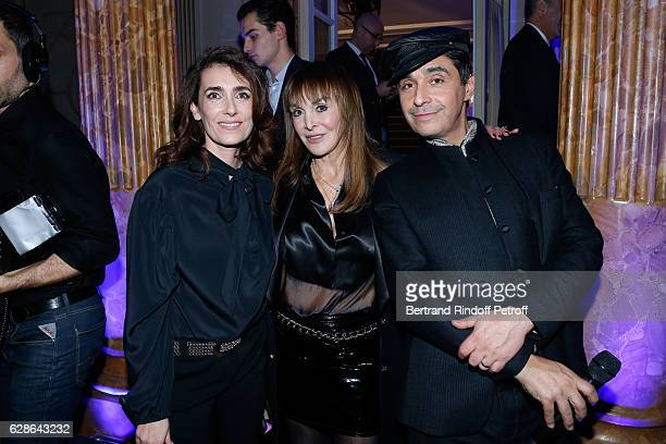 Mademoiselle Agnes Boulard Babeth Djian and DJ of the event Ariel Wizman attend the Annual Charity Dinner hosted by the AEM Association Children of...