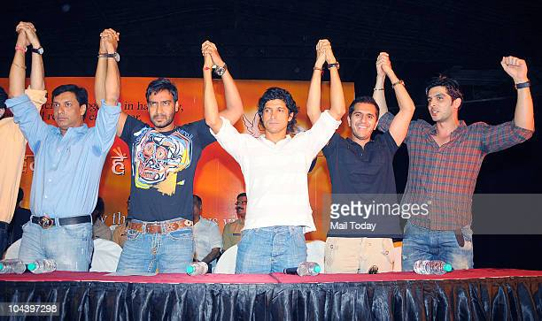 Madhur Bhandarkar Ajay Devgan Farhan Akhtar and Zayed Khan at a joint press conference on September 23 2010 in Mumbai in an appeal to Indian people...