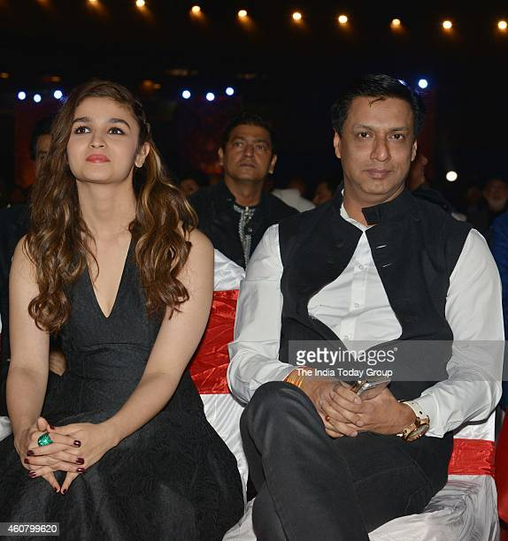 Madhur Bhandarkar and Alia Bhatt at Big Star Entertainment Awards 2014 in Mumbai