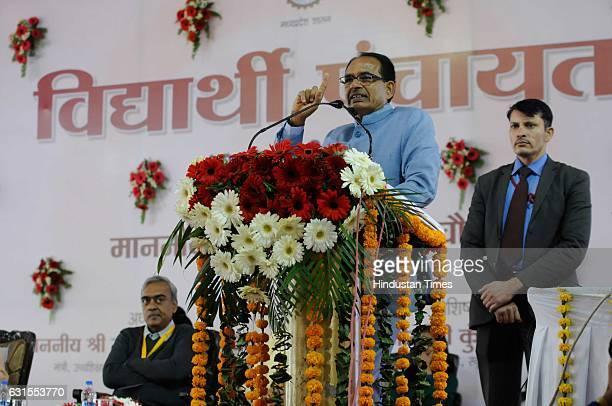 Madhya Pradesh Chief Minister Shivraj Singh Chouhan addressing students during a 'Vidyarthi Panchayat' at his residence on January 12 2017 in Bhopal...