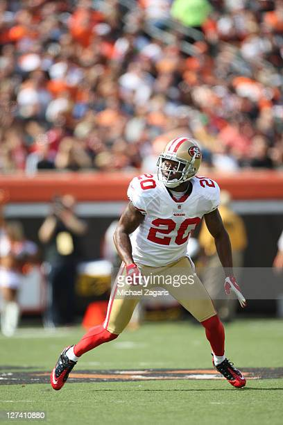 Madieu Williams of the San Francisco 49ers defends during the game against the Cincinnati Bengals at Paul Brown Stadium on September 25 2011 in...