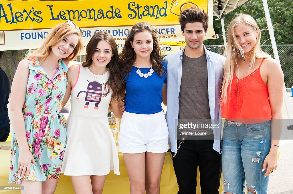 Bailee Madison Volunteers At Alex's Lemonade Stand At Kids Helping Kids Benefit Concert And Fair