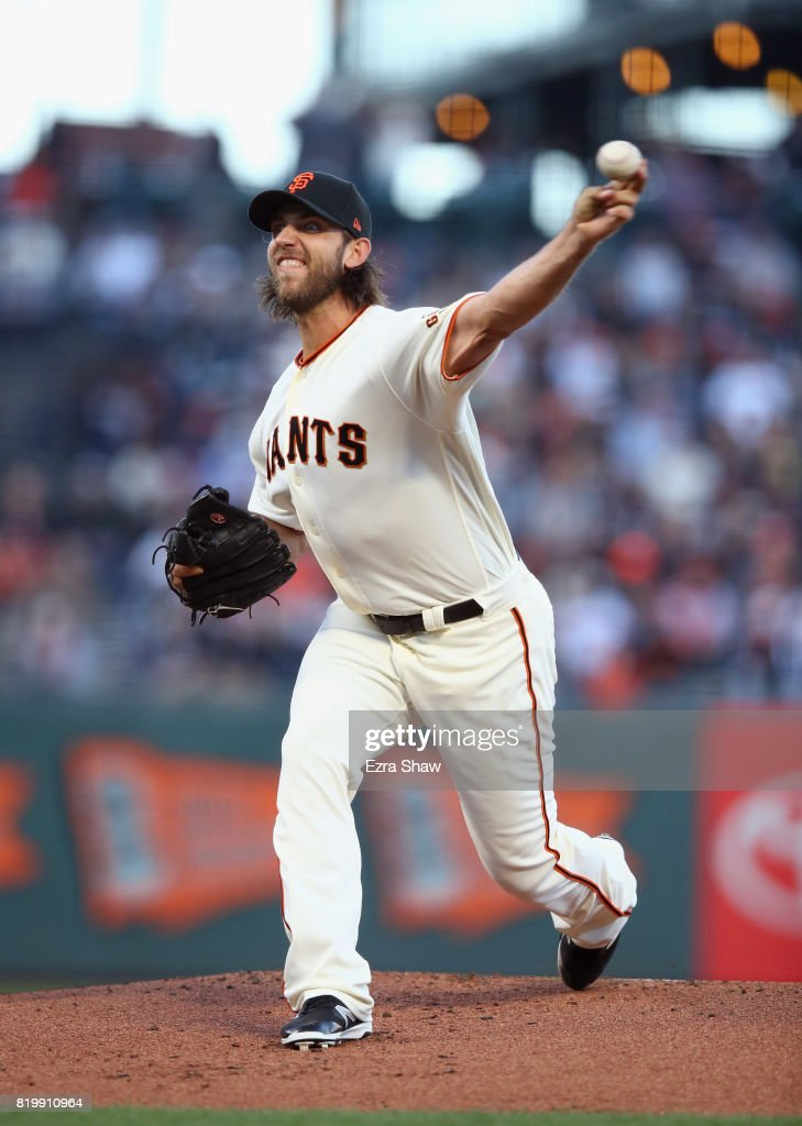Madison Bumgarner #40 of the San Francisco Giants pitches against the San Diego Padres in the first inning at AT&T Park on July 20, 2017 in San Francisco, California.