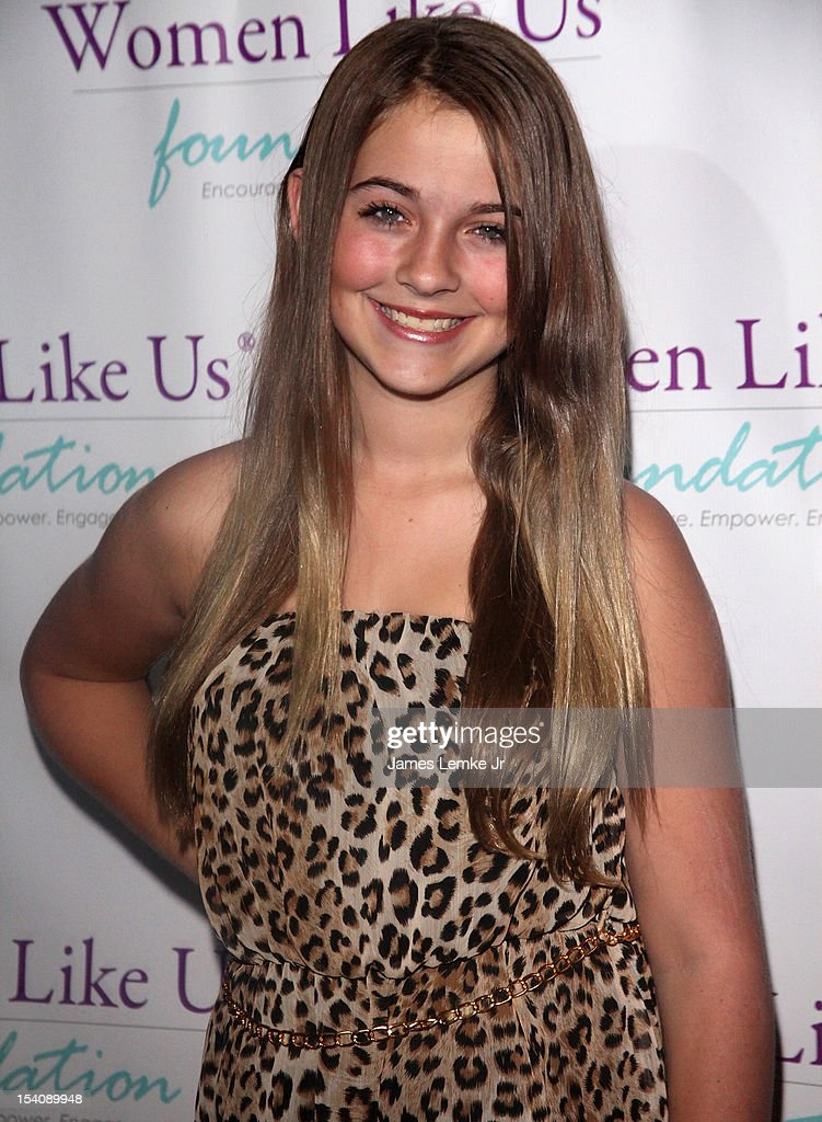 Madison Carlton attends the 'Girls Are Worth It' health fair and fundraiser for the Women Like Us Foundation at Level 3 club in Hollywood & Highland Center on October 13, 2012 in Hollywood, California.