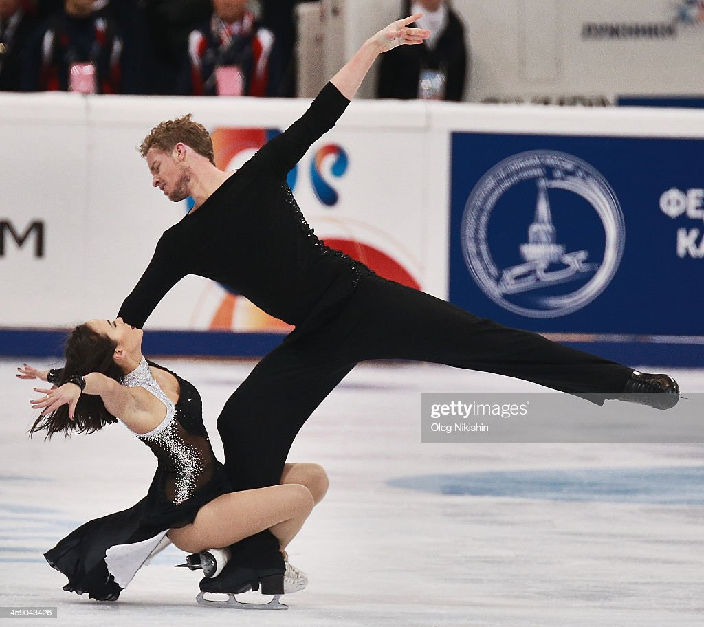 Madison Chock and Evan Bates of the United States skate in the Ice Dance Free Dance during ISU Rostelecom Cup of Figure Skating 2014 on November 15...