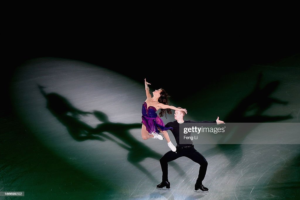 <a gi-track='captionPersonalityLinkClicked' href=/galleries/search?phrase=Madison+Chock&family=editorial&specificpeople=6471803 ng-click='$event.stopPropagation()'>Madison Chock</a> and <a gi-track='captionPersonalityLinkClicked' href=/galleries/search?phrase=Evan+Bates&family=editorial&specificpeople=4839407 ng-click='$event.stopPropagation()'>Evan Bates</a> of United States perform during Lexus Cup of China ISU Grand Prix of Figure Skating 2013 at Beijing Capital Gymnasium on November 3, 2013 in Beijing, China.