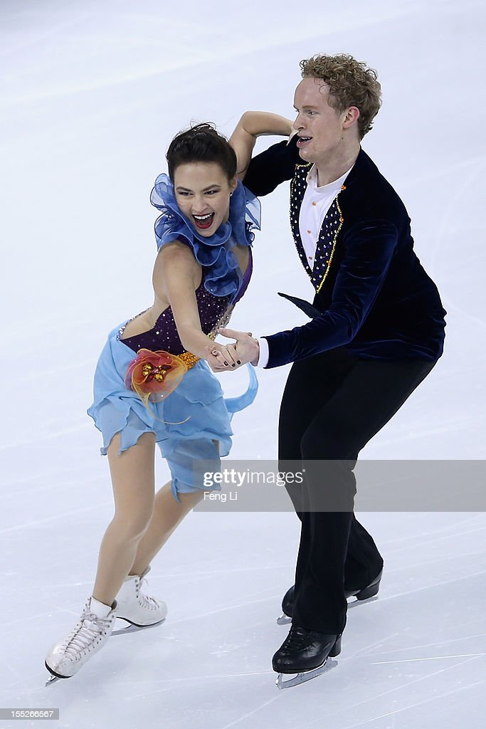 <a gi-track='captionPersonalityLinkClicked' href=/galleries/search?phrase=Madison+Chock&family=editorial&specificpeople=6471803 ng-click='$event.stopPropagation()'>Madison Chock</a> and <a gi-track='captionPersonalityLinkClicked' href=/galleries/search?phrase=Evan+Bates&family=editorial&specificpeople=4839407 ng-click='$event.stopPropagation()'>Evan Bates</a> of United States skate in Ice Dance Short Dance during Cup of China ISU Grand Prix of Figure Skating 2012 at the Oriental Sports Center on November 2, 2012 in Shanghai, China.