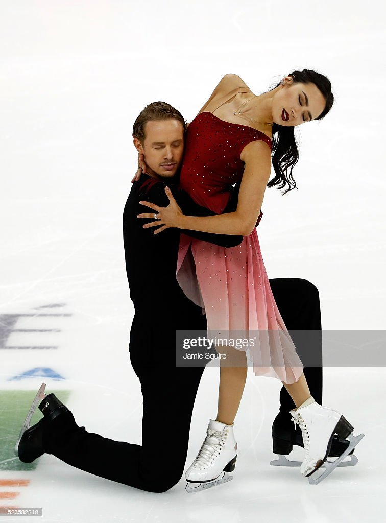 Madison Chock Evan Bates of team North America compete in their Free Dance routine on day 2 of the 2016 KOSE Team Challenge Cup at Spokane Arena on...