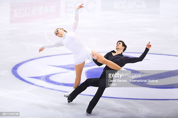Madison Hubbell and Zachary Donohue of United States performs during the Pairs Dance Free program during day three of the ISU Grand Prix of Figure...