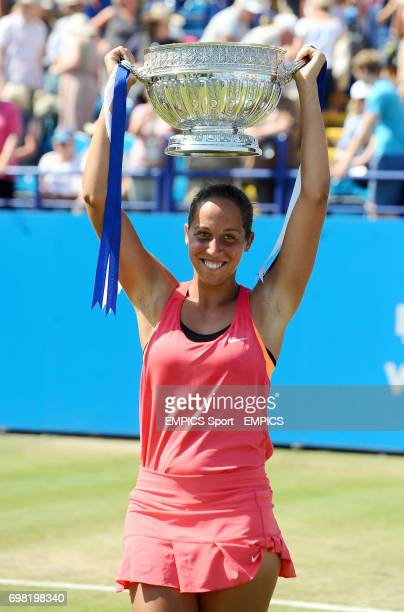 Madison Keys celebrates with the trophy after winning the Women's Singles against Angelique Kerber