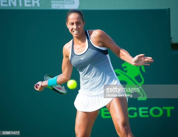Madison Keys hits a foreground during her match against Roberta Vinci of Italy during Day 7 of the Miami Open presented by Itau at Crandon Park...
