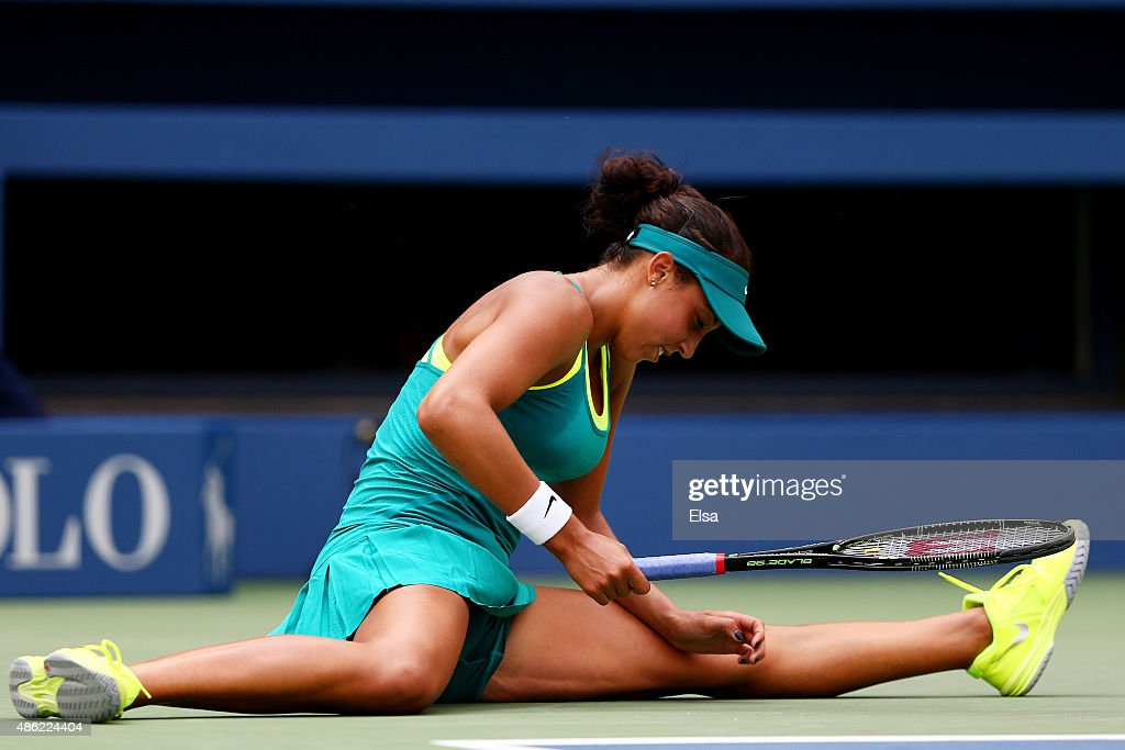 <a gi-track='captionPersonalityLinkClicked' href=/galleries/search?phrase=Madison+Keys&family=editorial&specificpeople=5965706 ng-click='$event.stopPropagation()'>Madison Keys</a> of the United States falls to the court during her Women's Singles Second Round match against Tereza Smitkova of the Czech Republic on Day Three of the 2015 US Open at the USTA Billie Jean King National Tennis Center on September 2, 2015 in the Flushing neighborhood of the Queens borough of New York City.