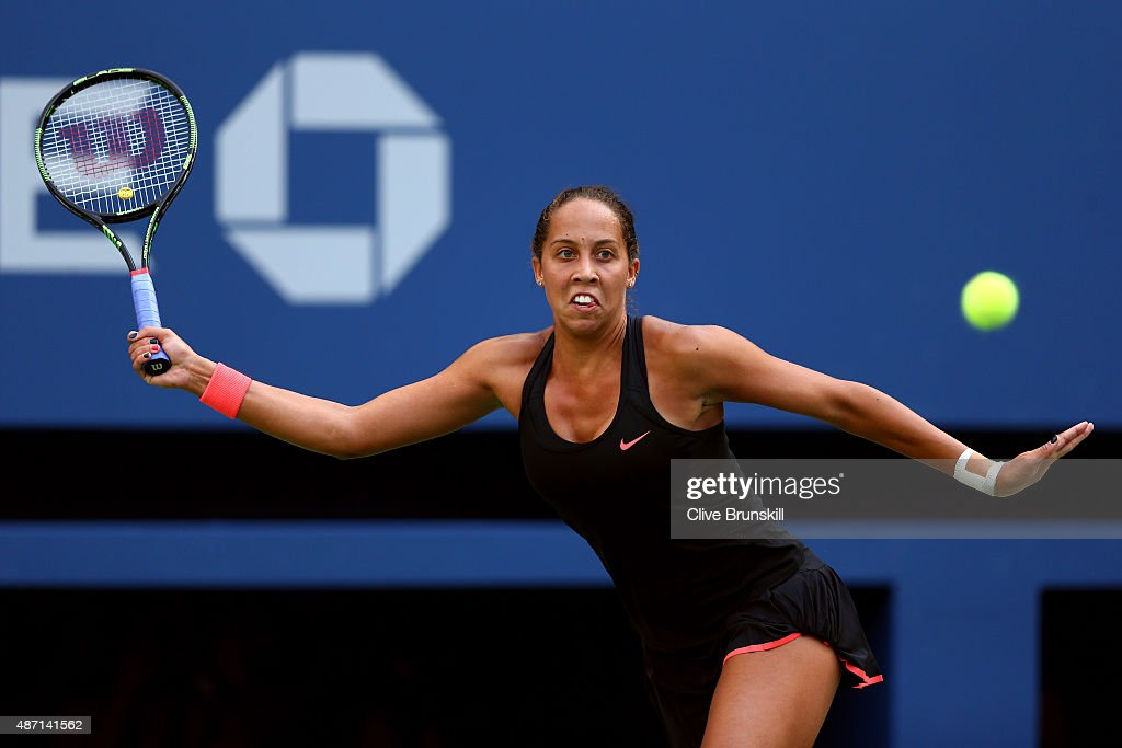 <a gi-track='captionPersonalityLinkClicked' href=/galleries/search?phrase=Madison+Keys&family=editorial&specificpeople=5965706 ng-click='$event.stopPropagation()'>Madison Keys</a> of the United States returns a shot to Serena Williams of the United States during their Women's Singles Fourth Round match on Day Seven of the 2015 US Open at the USTA Billie Jean King National Tennis Center on September 6, 2015 in the Flushing neighborhood of the Queens borough of New York City.