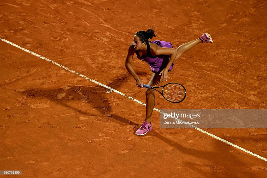 Madison (IN) United States  city pictures gallery : Madison Keys of the United States serves in her match against Petra ...