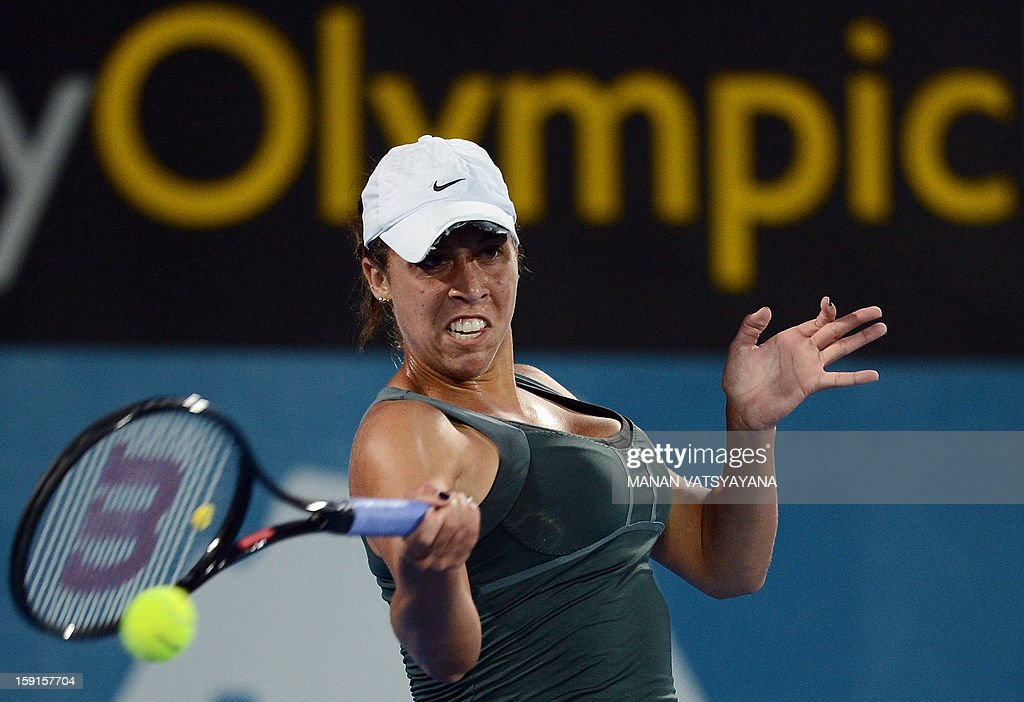 Madison Keys of the US hits a return against Li Na of China during their quarter-final match at the Sydney International tennis tournament on January 9, 2013. AFP PHOTO / MANAN VATSYAYANA USE