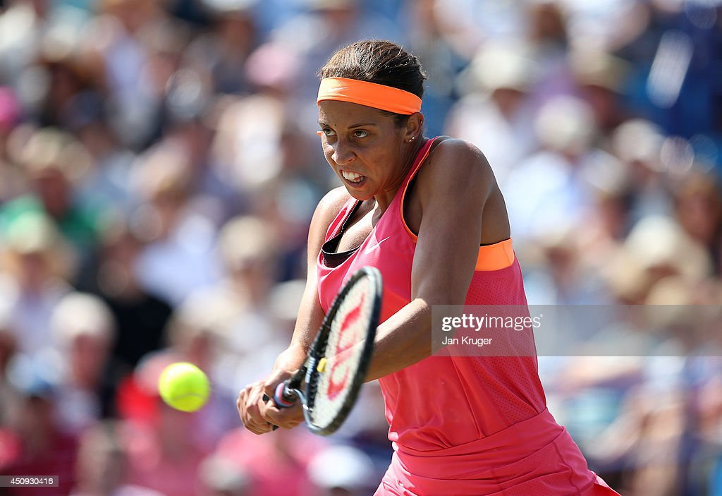 <a gi-track='captionPersonalityLinkClicked' href=/galleries/search?phrase=Madison+Keys&family=editorial&specificpeople=5965706 ng-click='$event.stopPropagation()'>Madison Keys</a> of USA returns against Heather Watson of Great Britain during their singles match on day seven of the Aegon International at Devonshire Park on June 20, 2014 in Eastbourne, England.
