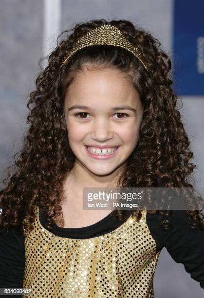 Madison Pettis arrives at the premiere for new film Hannah Montana and Miley CyrusBest of Both Worlds Concert at the El Capitan Theatre Los Angeles