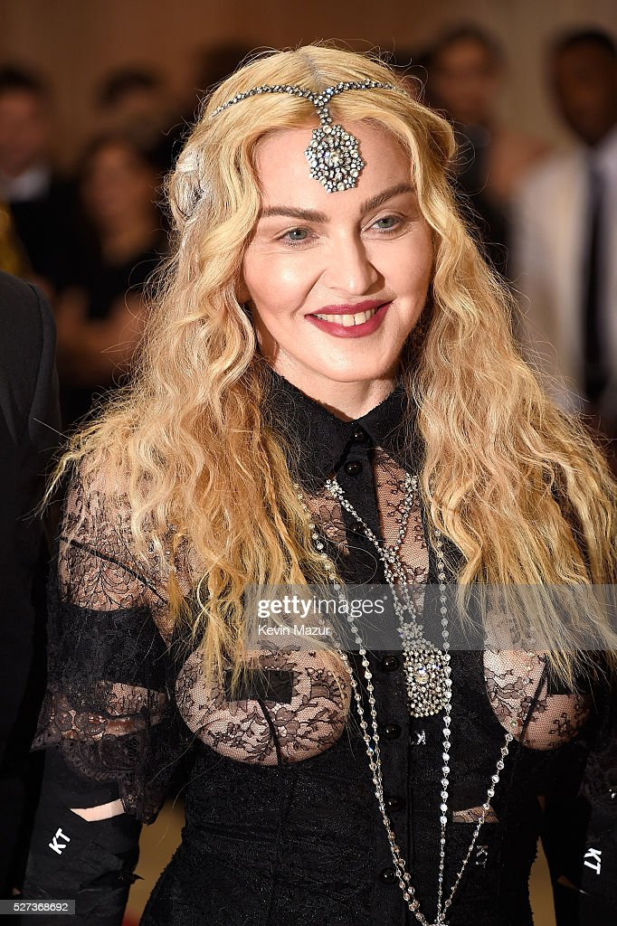 <a gi-track='captionPersonalityLinkClicked' href=/galleries/search?phrase=Madonna+-+Singer&family=editorial&specificpeople=156408 ng-click='$event.stopPropagation()'>Madonna</a> attends 'Manus x Machina: Fashion In An Age Of Technology' Costume Institute Gala at Metropolitan Museum of Art on May 2, 2016 in New York City.