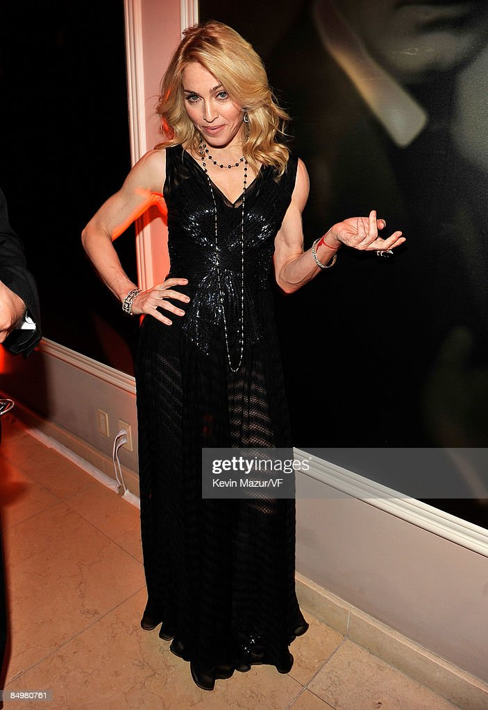 <a gi-track='captionPersonalityLinkClicked' href=/galleries/search?phrase=Madonna+-+Singer&family=editorial&specificpeople=156408 ng-click='$event.stopPropagation()'>Madonna</a> attends the 2009 Vanity Fair Oscar party hosted by Graydon Carter at the Sunset Tower Hotel on February 22, 2009 in West Hollywood, California.