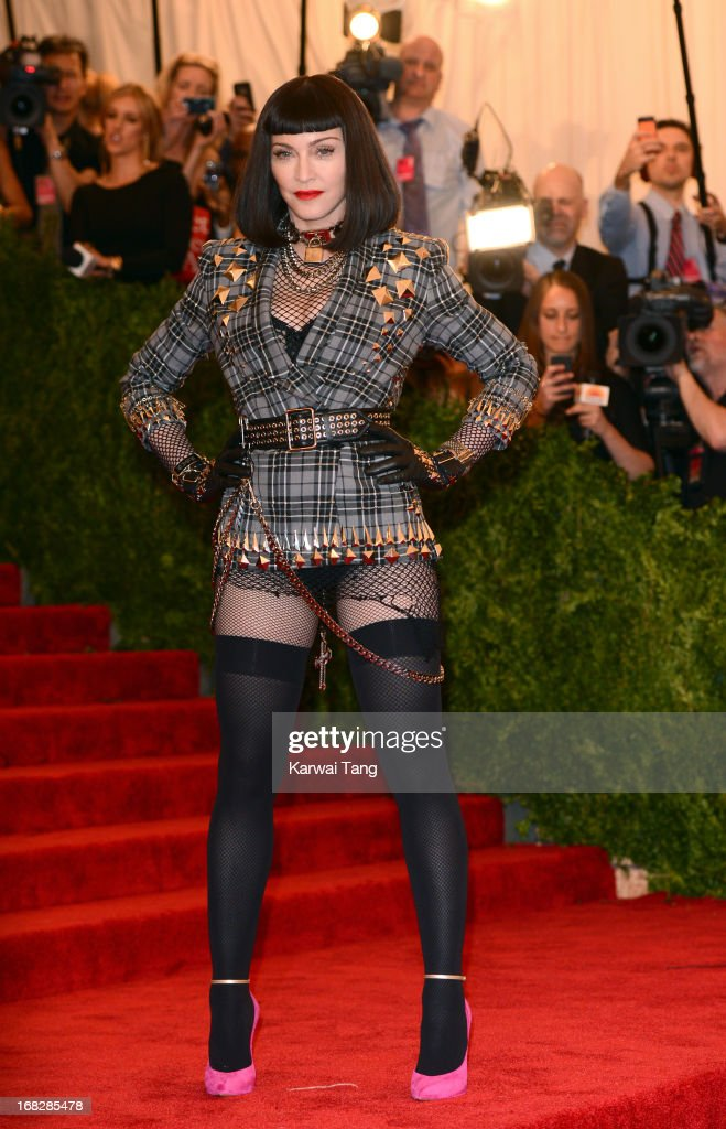 <a gi-track='captionPersonalityLinkClicked' href=/galleries/search?phrase=Madonna+-+Cantante&family=editorial&specificpeople=156408 ng-click='$event.stopPropagation()'>Madonna</a> attends the Costume Institute Gala for the 'PUNK: Chaos to Couture' exhibition at the Metropolitan Museum of Art on May 6, 2013 in New York City.