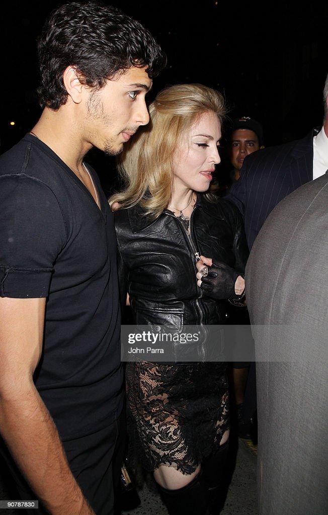 Celebrity Sightings In New York - September 14, 2009
