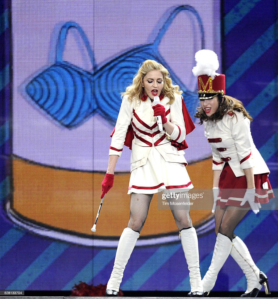 Toyota Houston Tx Usa Music Madonna In Concert Houston Tx Pictures Getty Images