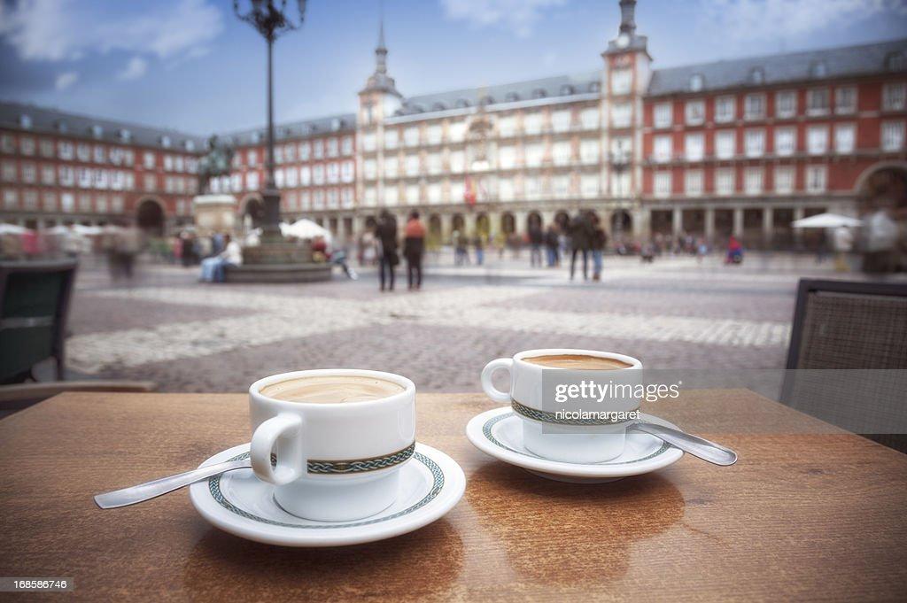 Madrid: Cafe in Plaza Mayor