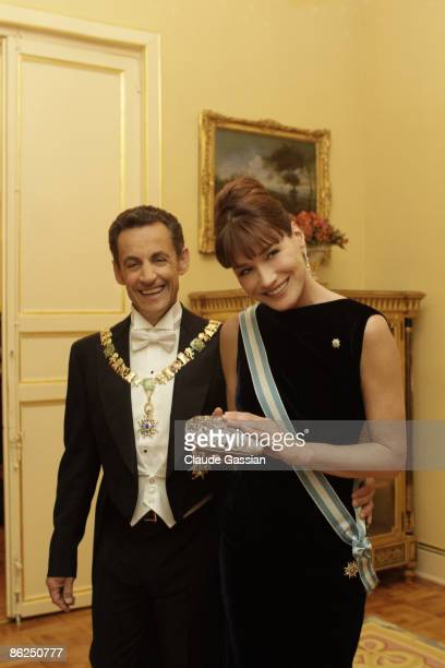Carla Sarkozy and Nicolas Sarkozy in El Pardo residence official residence before Gala Dinner in Madrid on April 27 2009