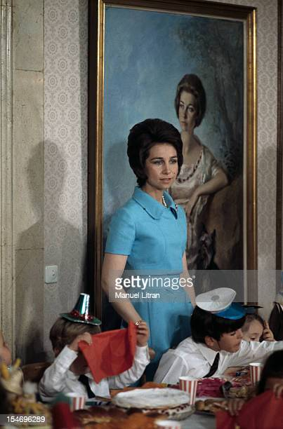 Madrid July 1971 at the Zarzuela Palace Juan Carlos of Spain and SOPHIE receive children for the taste Birthday of the Infanta Cristina 7 years This...