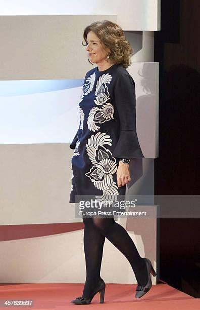 Madrid Mayor Ana Botella receives the Valor Olimpico COE award during the Spanish Olympic Comitee Gala 2013 on December 18 2013 in Madrid Spain
