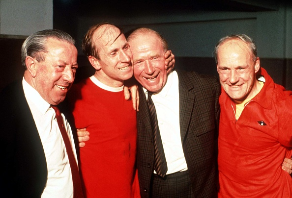 Madrid Spain, 15th May1968. European Cup Semi Final, Second Leg. Real Madrid 3 v Manchester Unied 3. Manchester United's Bobby Charlton (2L) with his manager Sir Matt Busby, Jimmy Murphy (left) and Jack Crompton after 1968 European Cup Semi Final match in : News Photo
