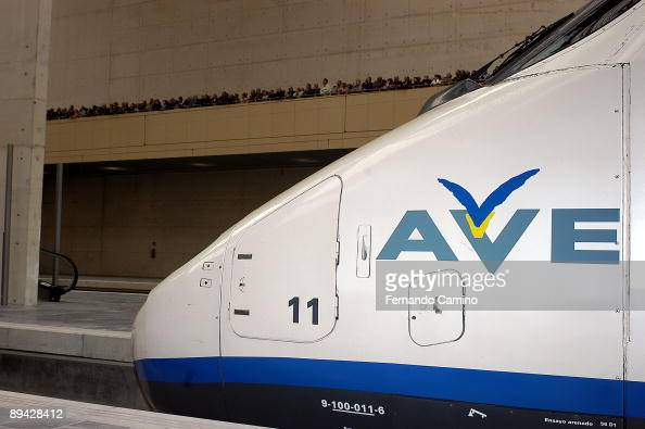 AVE MadridLleida Inauguration of the new highspeed railway between Madrid and Lleida Locomotive